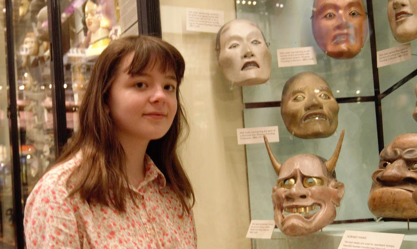 Linnet Drury with the Noh masks